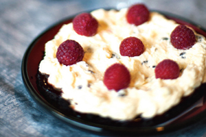 incredible-raspberry-white-chocolate-mousse